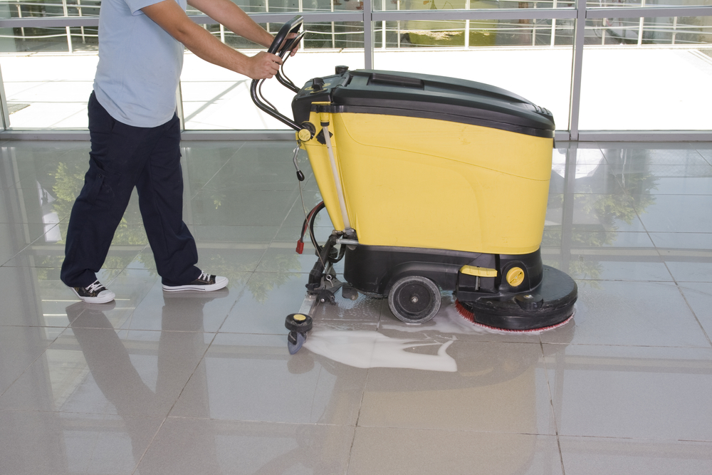 Who has commercial cleaning equipment in Florida?
